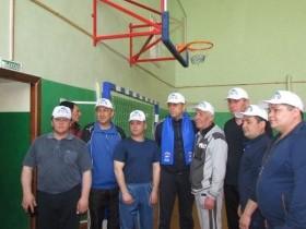 Участие в соревнованиях по волейболу среди муниципальных служащих,  посвященные Дню местного самоуправления.