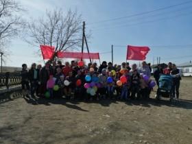 Весело и задорно жители д.Буртаковка встретили первомайские праздники.