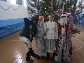 31 декабря в сельских клубах Алегазовского  сельского поселения прошли праздничные новогодние  концерты – Бал – маскарады