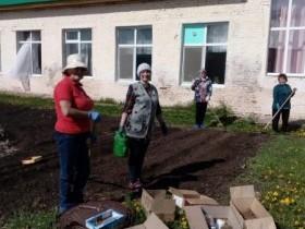Регулярные «Дни чистоты» проводятся в Алегазовском сельском поселении